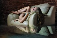 blond-girl-on-sofa
